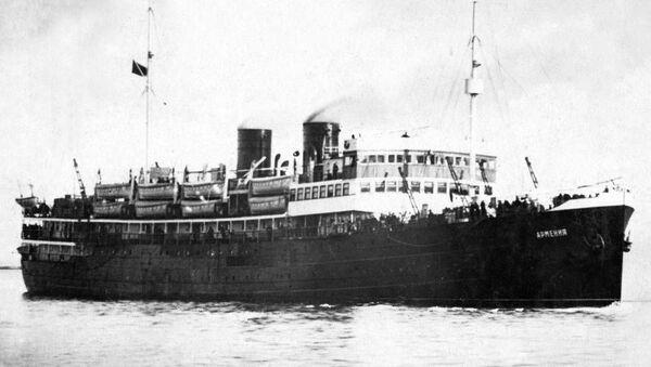 Советское госпитальное судно Армения - Sputnik Узбекистан