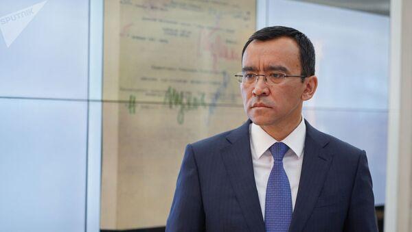 Маулен Ашимбаев избран спикером Сената Казахстана.  - Sputnik Ўзбекистон