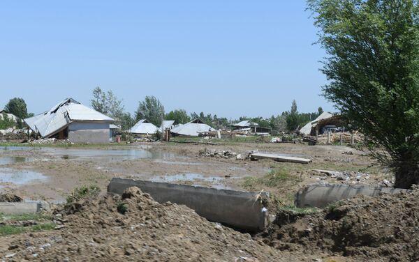 Населенные пункты, пострадавшие от наводнения в Сырдарьинской области - Sputnik Узбекистан