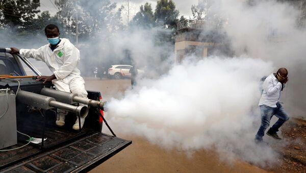Дезинфекция улиц в Найроби, Кения - Sputnik Ўзбекистон
