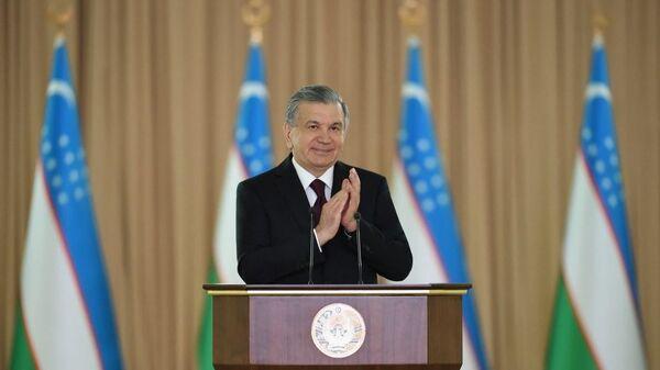 Shavkat Mirziyoyev pozdravil veteranov s prazdnikom - Sputnik Oʻzbekiston