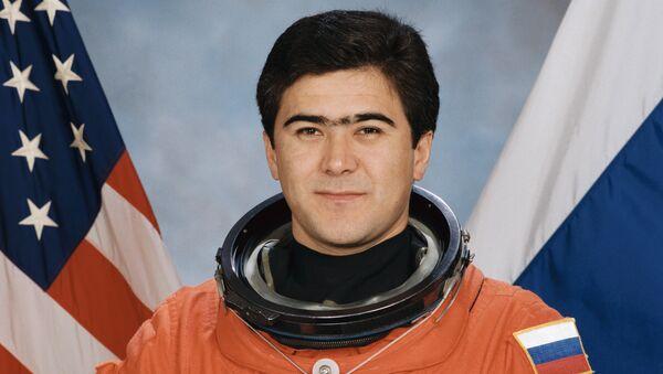 Fazogir Solijon Sharipov - Sputnik Oʻzbekiston