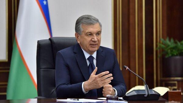 Президент Узбекистана Шавкат Мирзиёев проводит совещание по цифровизации экономики - Sputnik Ўзбекистон