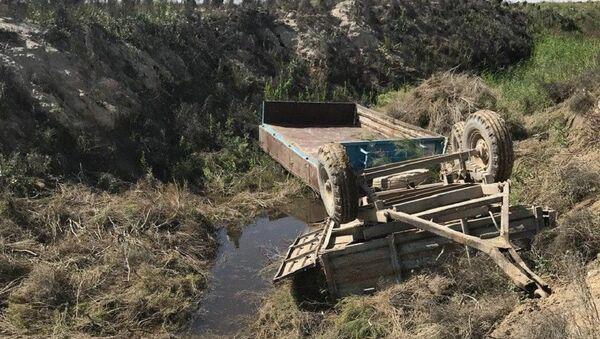 В Бухарской области прицеп трактора опрокинулся в канал: две женщины погибли - Sputnik Узбекистан