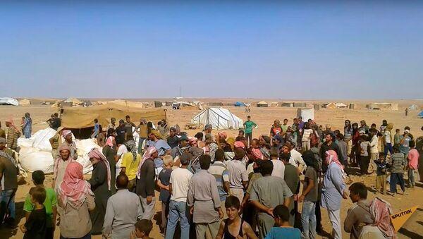 В руки боевикам: куда уходит гуманитарная помощь ООН в Сирии - Sputnik Узбекистан