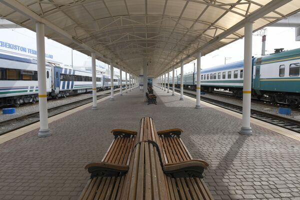 Вокзал платформаси - Sputnik Ўзбекистон