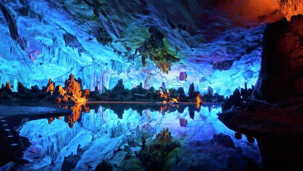 Пещера тростниковой флейты, Китай - Sputnik Узбекистан