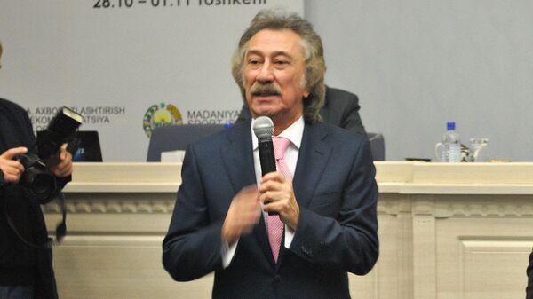 Yalla guruhi rahbari Farrux Zokirov. - Sputnik Oʻzbekiston