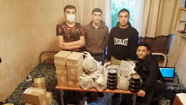Kak posolstvo pomogayet migrantam i studentam - Sputnik Oʻzbekiston