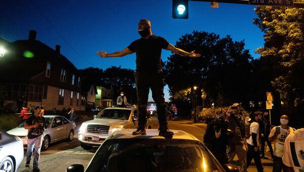 Протестующие в Миннеаполисе - Sputnik Ўзбекистон