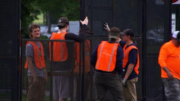 Забор вокруг Белого дома в Вашингтоне - Sputnik Узбекистан