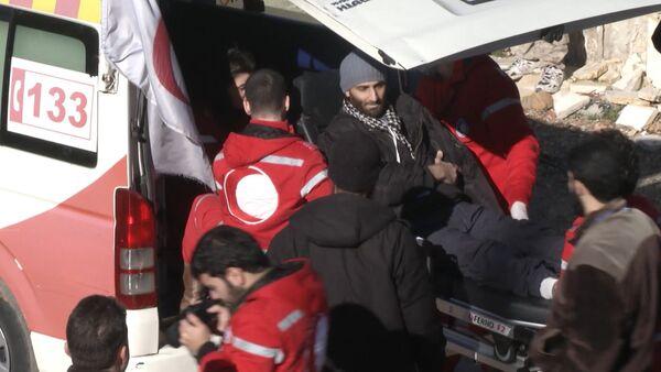 Раненых боевиков вывезли из Сирии в обмен на эвакуацию мирных граждан - Sputnik Узбекистан