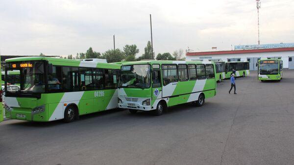 Возобновление движения общественного транспорта в Ташкенте - Sputnik Ўзбекистон