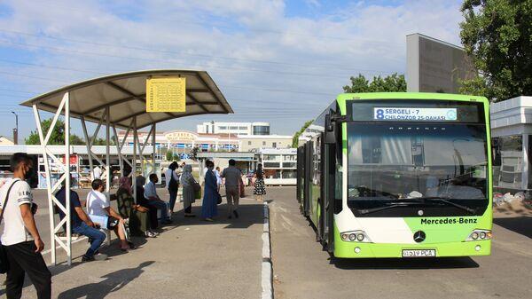 Vozobnovleniye dvijeniya obщestvennogo transporta v Tashkente - Sputnik Oʻzbekiston
