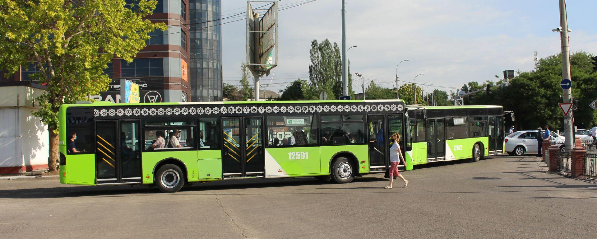 Возобновление движения общественного транспорта в Ташкенте - Sputnik Узбекистан, 1920, 28.06.2021