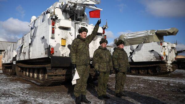 Передача первых арктических ЗРК «Тор-М2ДТ» на вооружение Северного флота - Sputnik Ўзбекистон