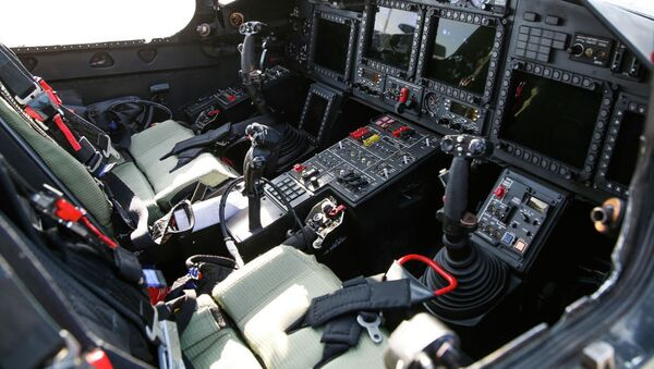 Кабина пилота вертолета - Sputnik Узбекистан