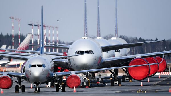 Самолеты авиакомпании Россия на стоянке в аэропорту Шереметьево - Sputnik Узбекистан