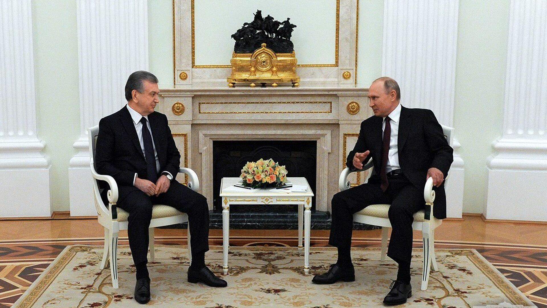 Шавкат Мирзиёев и Владимир Путин провели переговоры - Sputnik Ўзбекистон, 1920, 15.08.2021