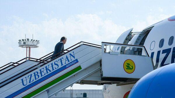 Президент Узбекистана Шавкат Мирзиёев отбыл в Наманганскую область - Sputnik Ўзбекистон