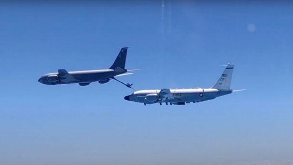 Перехват самолетов-разведчиков ВВС США над Черным морем - Sputnik Ўзбекистон