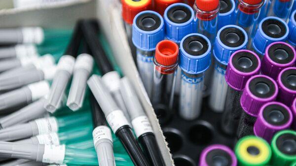 Тестирование россиян на наличие антител к COVID-19 - Sputnik Узбекистан