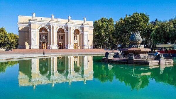 Государственный академический Большой театр Узбекистана имени Алишера Навои - Sputnik Узбекистан