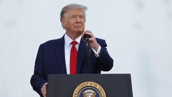 Президент США Дональд Трамп - Sputnik Узбекистан
