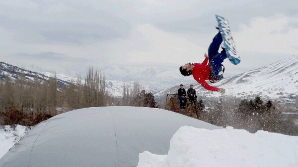 Snoubordchi sportsmen - Sputnik Oʻzbekiston