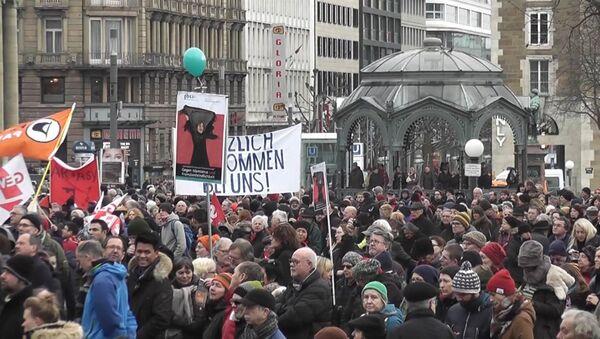Marsh v Kelne i miting v Shtutgarte: Germaniya protestuyet protiv nasiliya - Sputnik Oʻzbekiston