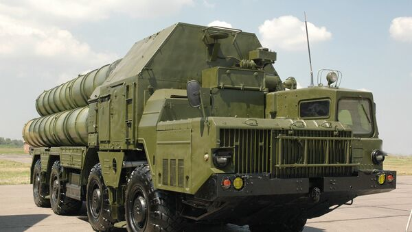 Ҳарбий зенит-ракета комплекси С-300. - Sputnik Ўзбекистон