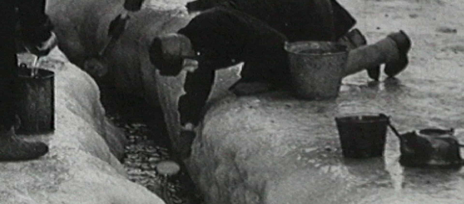Как выстоял город на Неве. Блокада Ленинграда в архивных кадрах - Sputnik Узбекистан, 1920, 27.01.2016