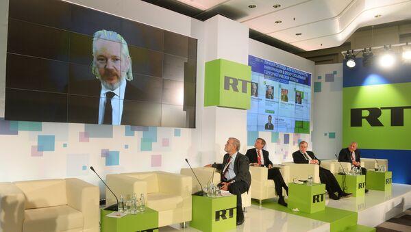 RT телеканали анжумани - Sputnik Ўзбекистон