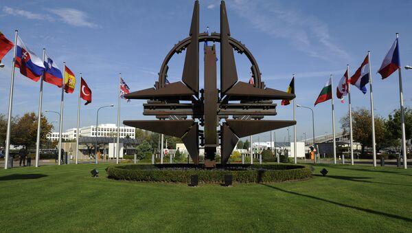 Эмблема Северо-атлантического альянса - Sputnik Ўзбекистон
