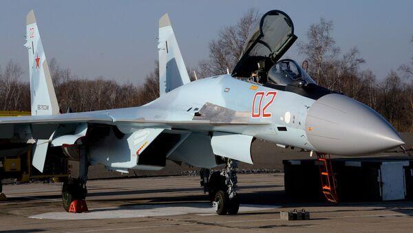 Istrebitel Su-35S - Sputnik Oʻzbekiston