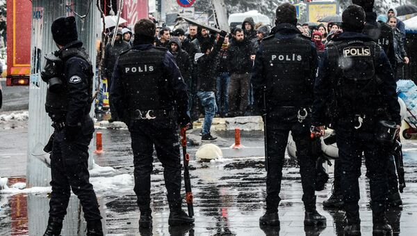 Турецкая полиция - Sputnik Ўзбекистон
