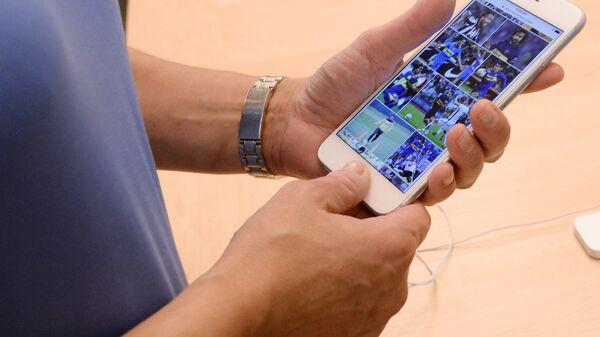 Prodaja smartfonov iPhone 6s i iPhone 6s Plus - Sputnik Oʻzbekiston