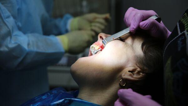 Работа клинической стоматологической поликлиники - Sputnik Ўзбекистон