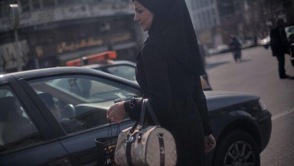 Девушка мусульманка - Sputnik Узбекистан