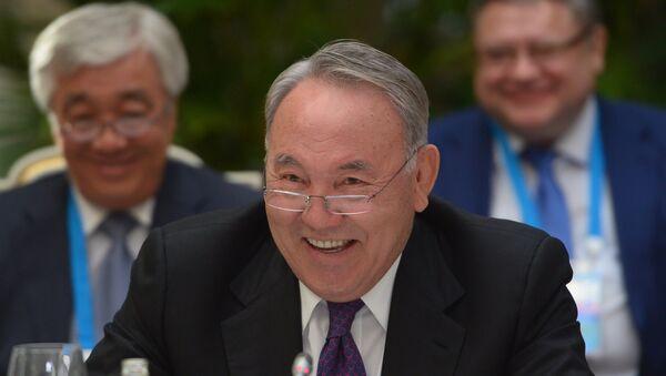 Qozogʻiston prezidenti Nursulton Nazarboyev - Sputnik Oʻzbekiston