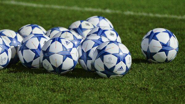 Футбольные мячи - Sputnik Узбекистан