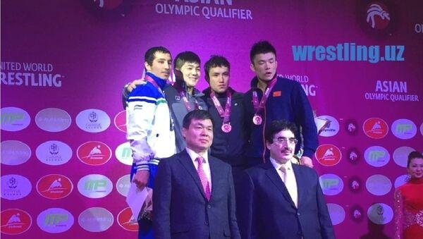 Узбекский борец Дильшод Турдиев стал вторым на турнире в Астане - Sputnik Узбекистан