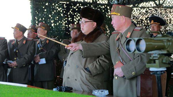 Shimoliy Koreya yetakchisi Kim Chen In oʻz topshirigʻi qanday bajarilayotganini kuzatmoqda - Sputnik Oʻzbekiston