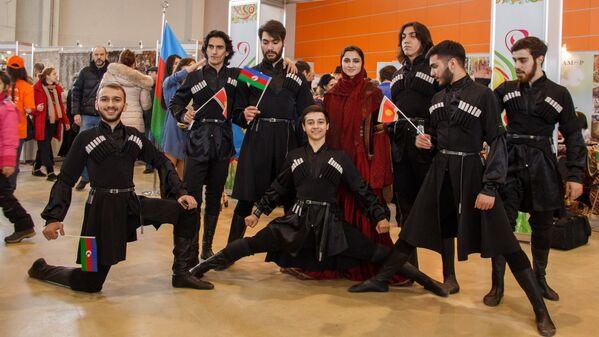 Танцевальная группа из Азербайджана - Sputnik Узбекистан
