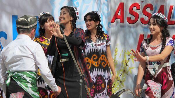 Выступление музыкальных коллективов на празднике Навруз - Sputnik Узбекистан