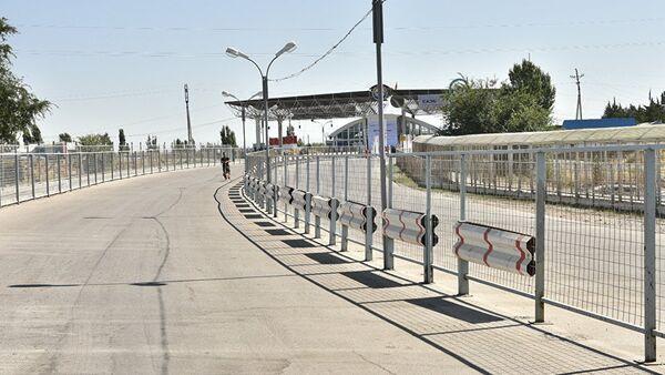 Контрольно пропускной пункт на границе с Кыргызстаном - Sputnik Ўзбекистон