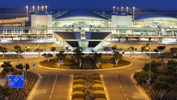 Larnaki aeroporti. Kipr - Sputnik Oʻzbekiston