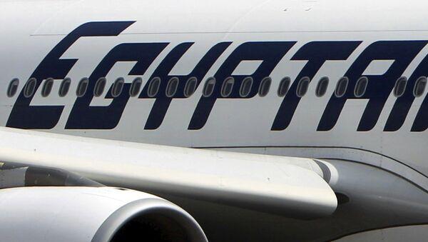 Самолет авиакомпании EgyptAir в Египте - Sputnik Узбекистан
