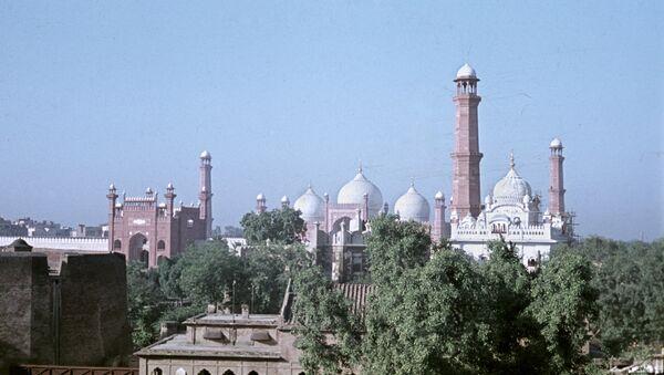 Mechet Badshaxi Masdjid v gorode Laxor v Pakistane - Sputnik Oʻzbekiston