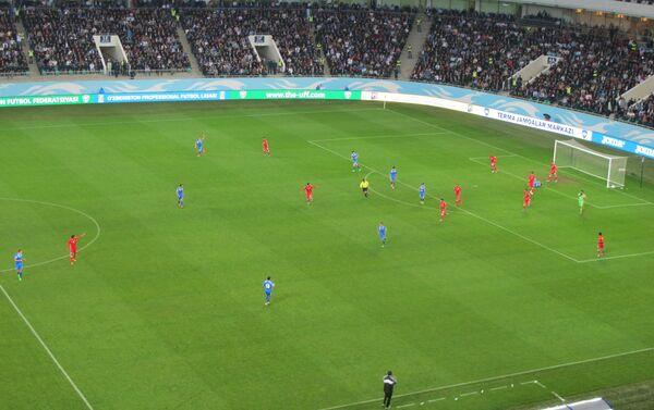 Сборная Узбекистана по футболу с трудом одолела Бахрейн - Sputnik Узбекистан